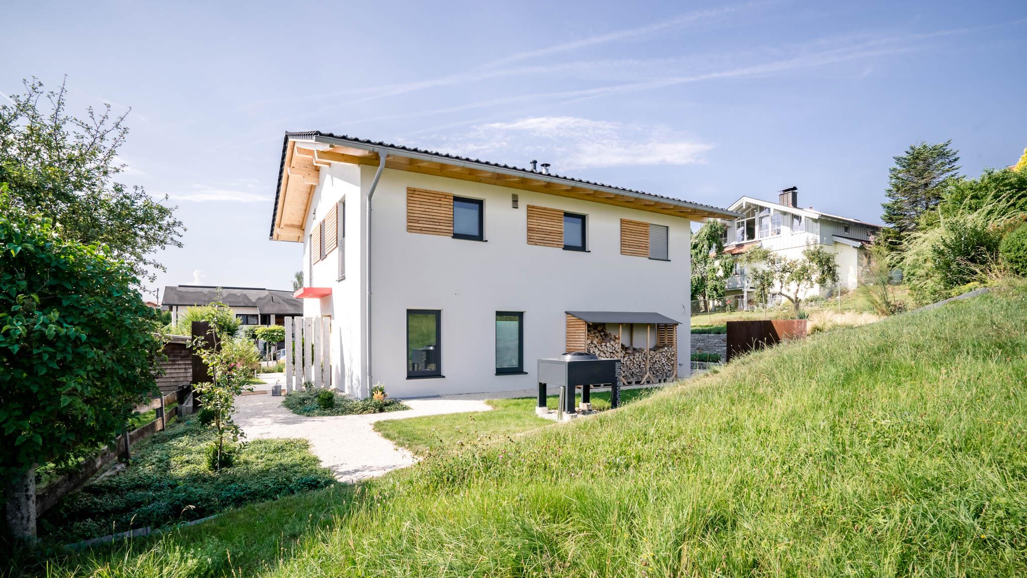 portfolio-bauunternehmen-fuch-einfamilienhaus-lauter-3.jpg