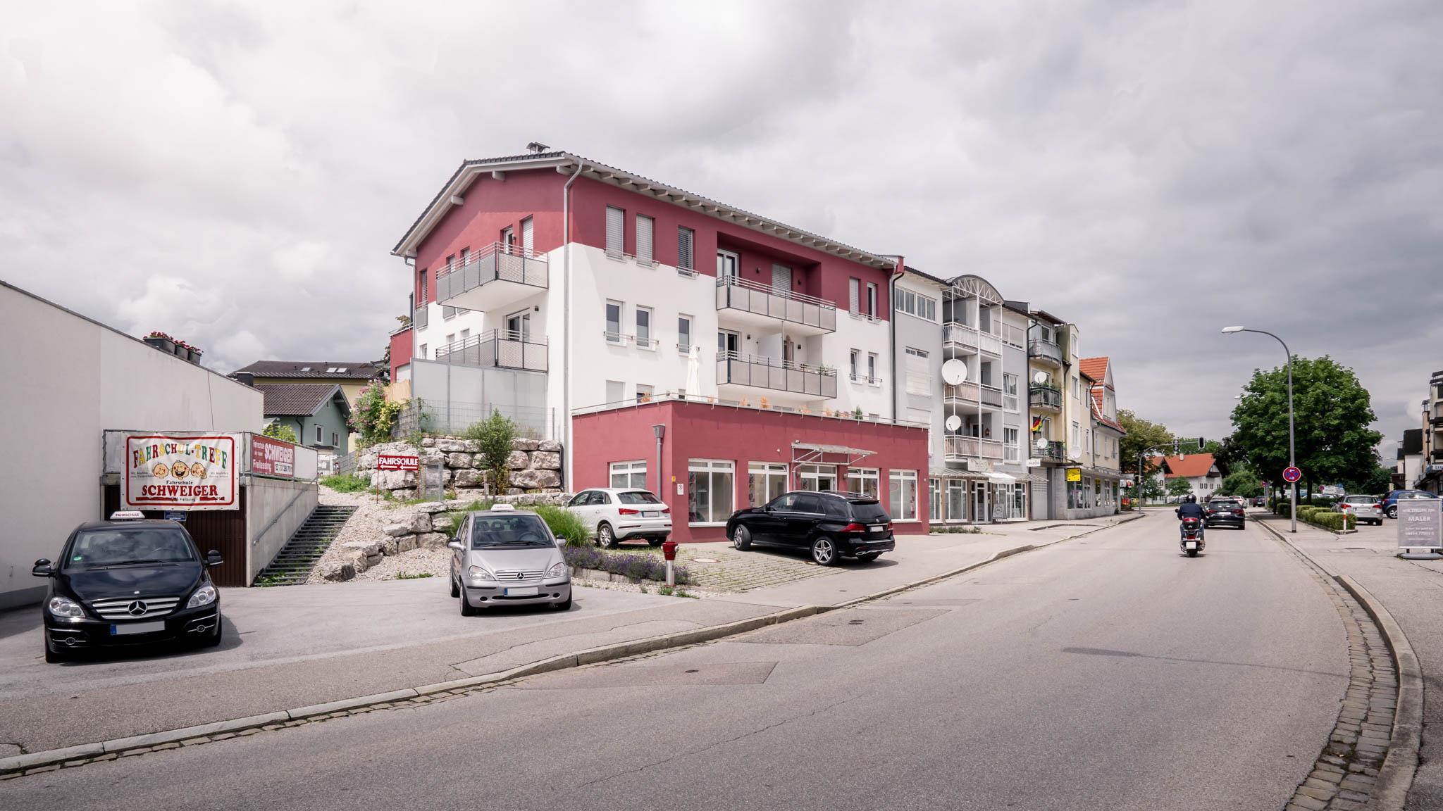 portfolio-bauunternehmen-fuch-mehrfamilienhaus-geschäftsräume-freilassing-1.jpg