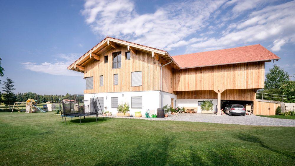 portfolio-bauunternehmen-fuch-andbau-landwirtschaftliches-wohnhaus-teisendorf-2.jpg