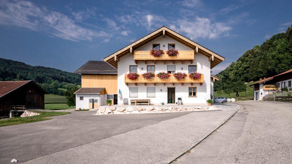portfolio-bauunternehmen-fuch-andbau-landwirtschaftliches-wohnhaus-teisendorf-4.jpg