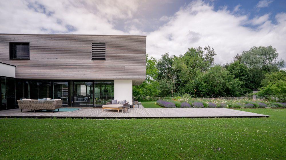 portfolio-bauunternehmen-fuch-einfamilienhaus-surheim-3.jpg