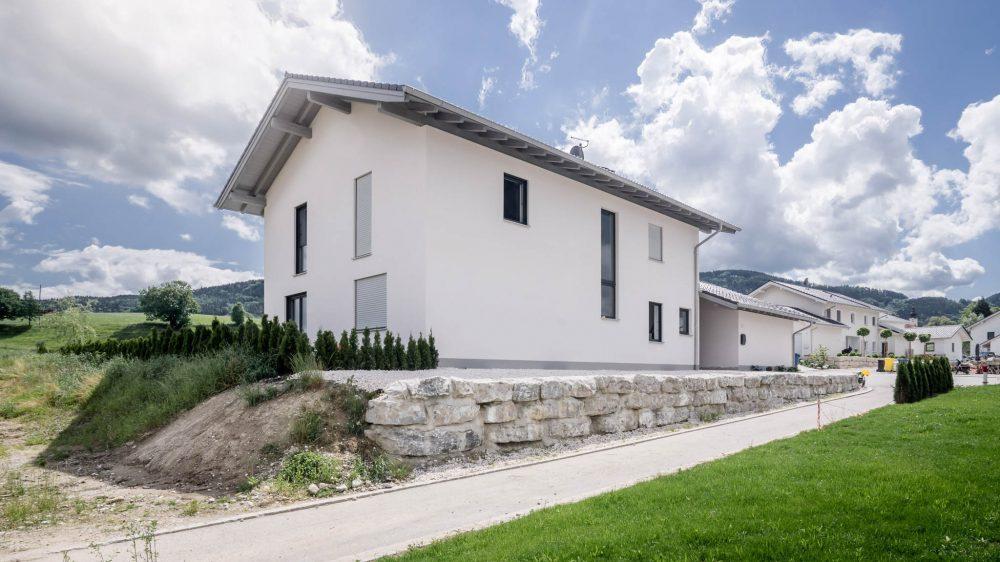 portfolio-bauunternehmen-fuch-einfamilienhaus-thundorf-3.jpg