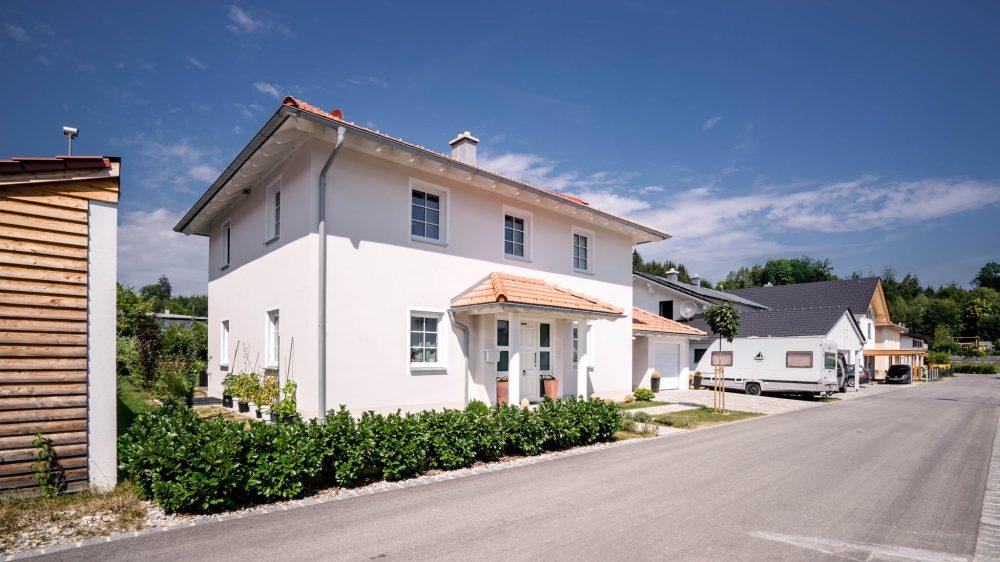 portfolio-bauunternehmen-fuch-einfamilienhaus-traunstein-2.jpg