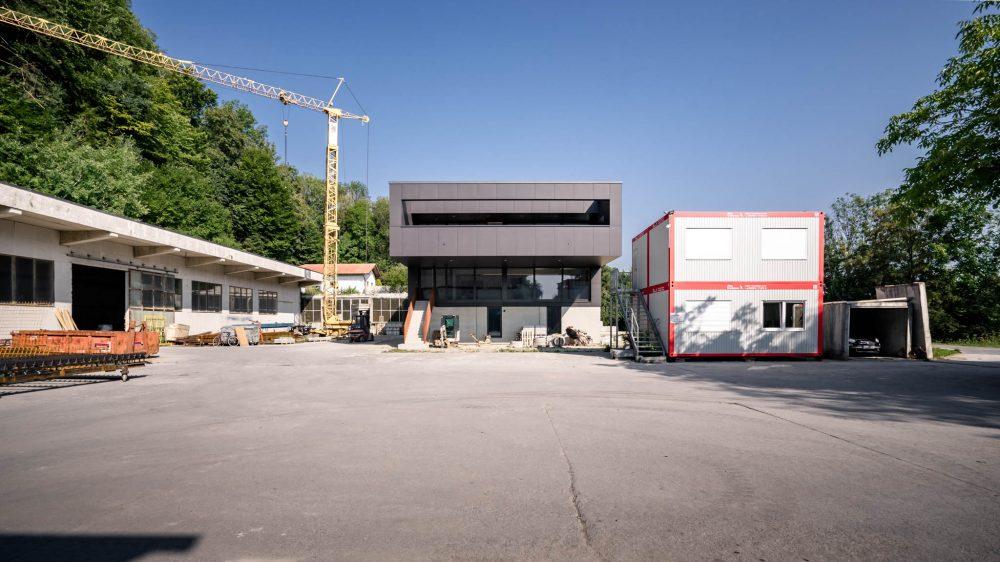 portfolio-bauunternehmen-fuch-geschäftsgebäude-wohnhaus-surheim-4.jpg