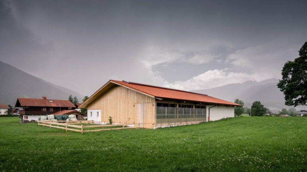 portfolio-bauunternehmen-fuch-milchviehstall-berchtesgaden-2.jpg
